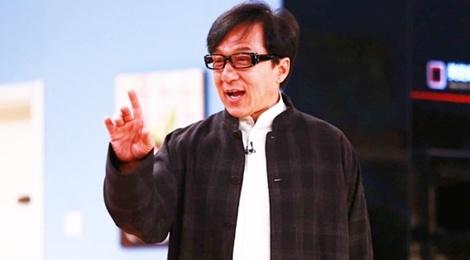 Thanh Long bi hoi don dap ve viec giai nghe hinh anh