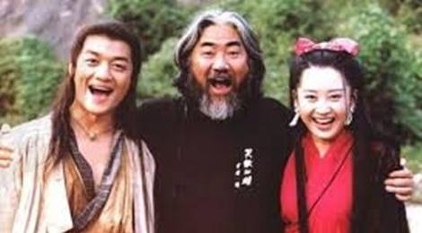 Ong lon phim Kim Dung bi vo to nhieu lan mang bo ve nha hinh anh