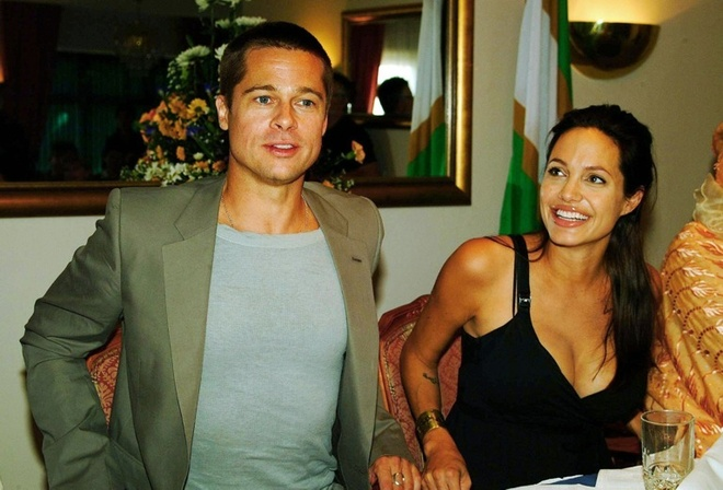 Angelina Jolie - Brad Pitt: 12 nam thien tinh su Hollywood hinh anh 9