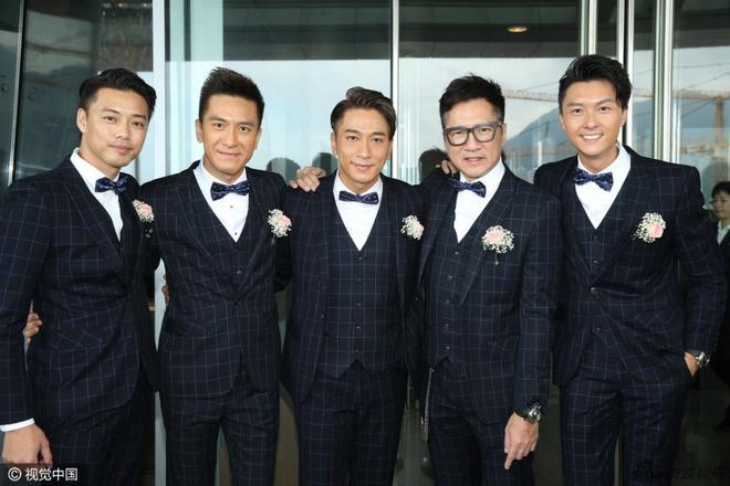 Hoa dan TVB Duong Di deo vang triu tay trong ngay cuoi hinh anh 2