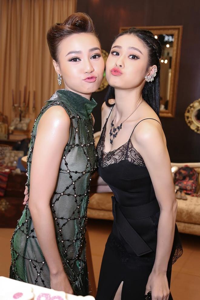 Ninh Duong Lan Ngoc va Truong Quynh Anh o su kien anh 3