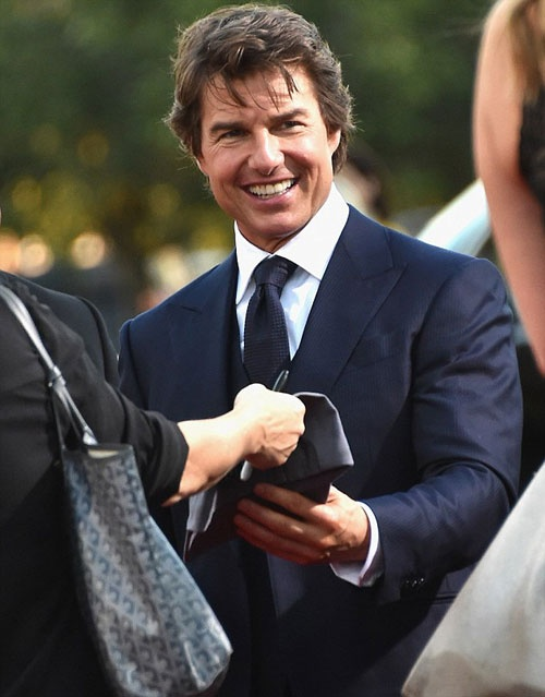 Tom Cruise tre trung anh 2
