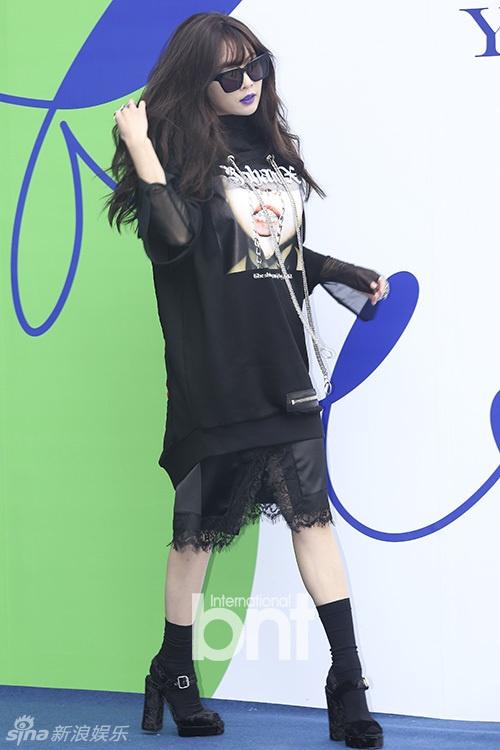 Sao Han chuong phong cach ca tinh o Seoul Fashion Week hinh anh 3