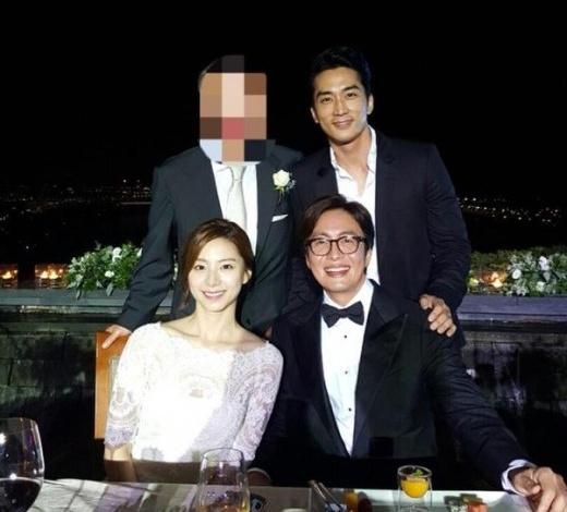 Vo Bae Yong Joon da sinh con trai dau long hinh anh 1