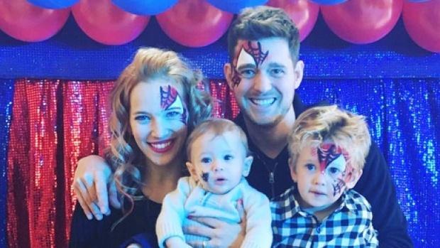 Con trai Michael Buble bi ung thu anh 2