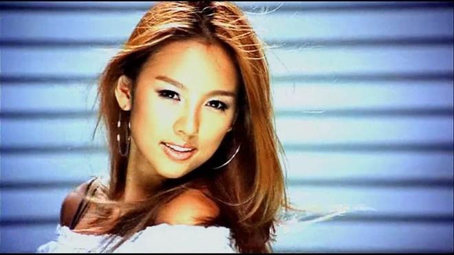 Diva goi cam Lee Hyori tai xuat sau thoi gian o an hinh anh 1