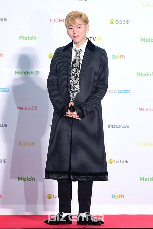 EXO, BTS thong tri le trao giai trong dem bieu tinh o Han hinh anh 8