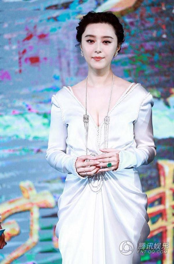 'Fantastic Beast' bi chen ep vi phim cua Pham Bang Bang hinh anh 3