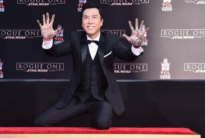 Chan Tu Dan in dau tay o Hollywood hinh anh