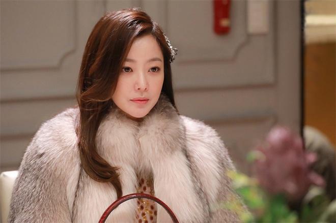 Kim Hee Sun dep quyen quy trong phim moi anh 1