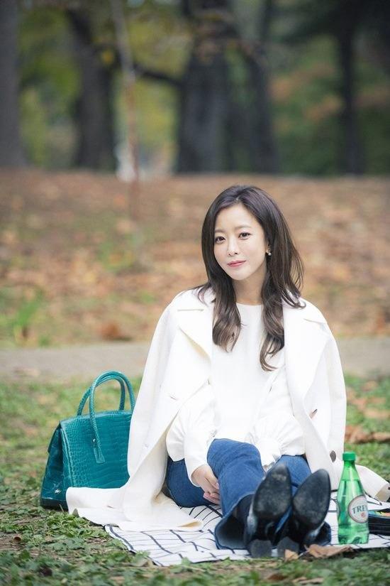 Kim Hee Sun dep quyen quy trong phim moi anh 2
