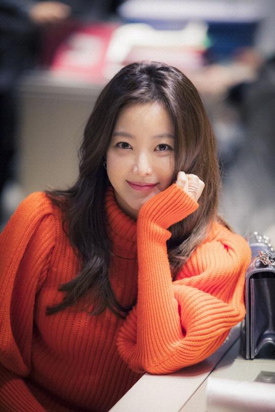 Kim Hee Sun dep quyen quy trong phim moi anh 3