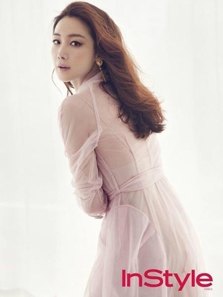 Choi Ji Woo tre trung voi phong cach hip hop o tuoi 41 hinh anh 6