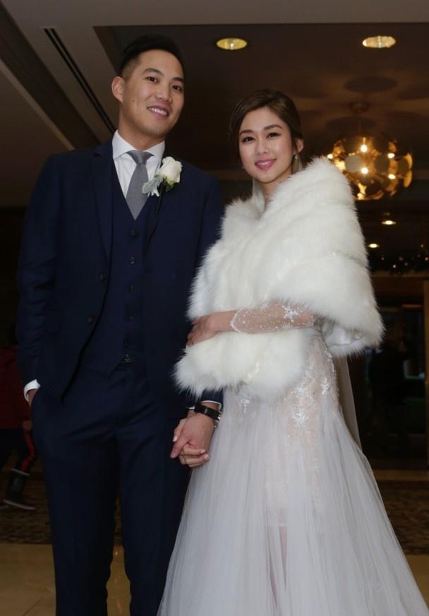 Hoa dan TVB va ban trai bat ngo to chuc hon le o Canada hinh anh 6