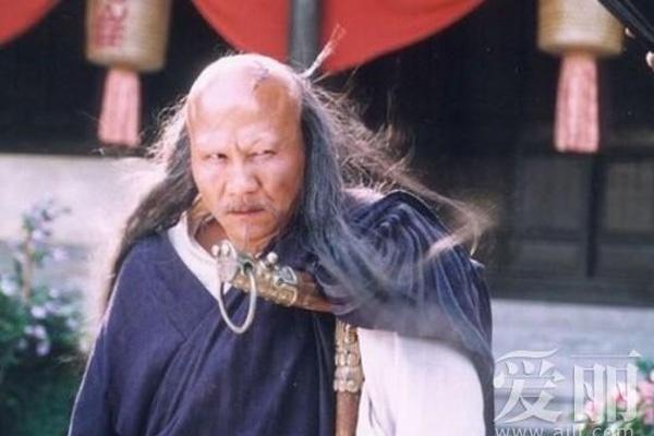 Tai tu 'Thien long bat bo' buon vi mac benh khong the chua hinh anh