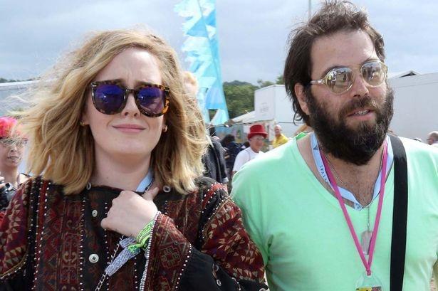Adele to chuc le cuoi voi ban trai hon 14 tuoi vao thang 3 hinh anh