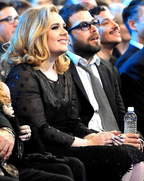 Adele to chuc le cuoi voi ban trai hon 14 tuoi vao thang 3 hinh anh 2