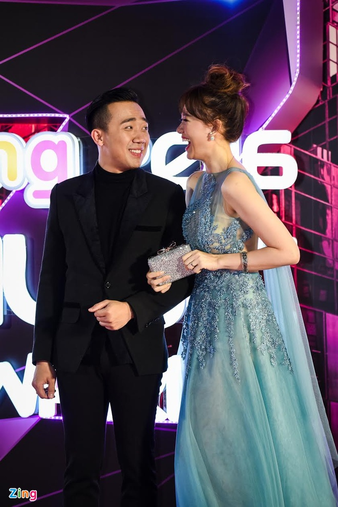 Hari Won mac goi cam, nam chat tay Tran Thanh tai ZMA hinh anh 2