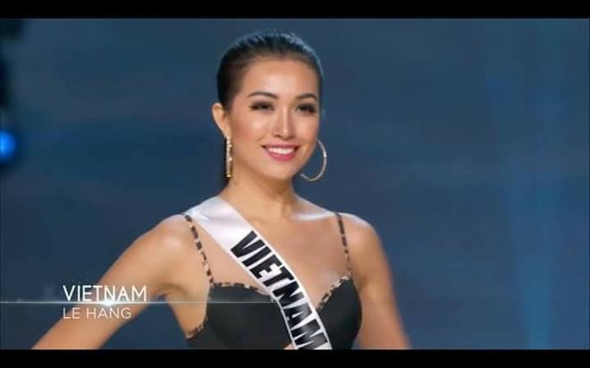 Ban ket Miss Universe: Le Hang noi bat voi quoc phuc la hinh anh 4