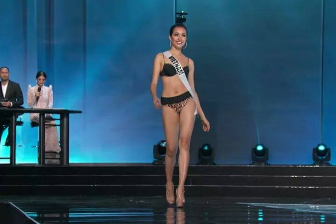 Ban ket Miss Universe: Le Hang noi bat voi quoc phuc la hinh anh 5