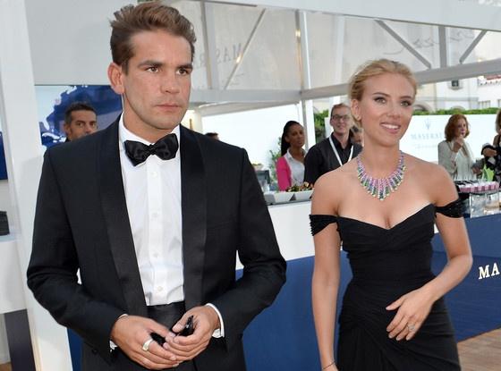 Scarlett Johansson chia tay chong anh 1