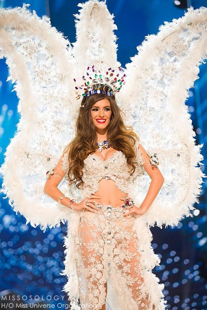Ban ket Miss Universe: Le Hang gay tranh cai o cac phan thi hinh anh 9