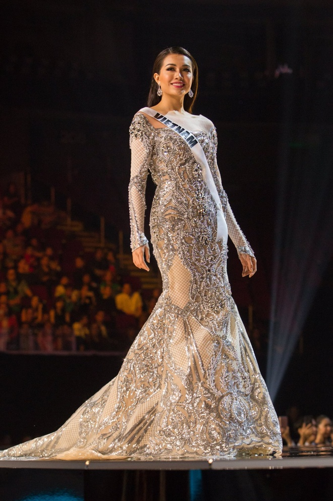 Ban ket Miss Universe: Le Hang gay tranh cai o cac phan thi hinh anh 6