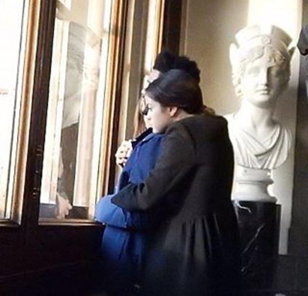 Selena Gomez au yem The Weeknd tai Italy hinh anh 2