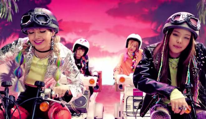 Nhom nu Han Black Pink lan dau co MV dat 100 trieu luot xem hinh anh 2