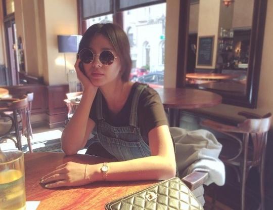 Thoi trang doi thuong gian di cua Song Hye Kyo hinh anh 7