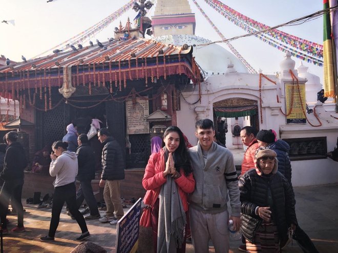 Cong Vinh, Thuy Tien 'than ai nay lo' khi hanh huong o Nepal hinh anh 6