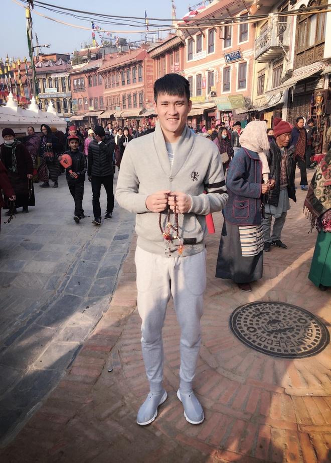 Cong Vinh, Thuy Tien 'than ai nay lo' khi hanh huong o Nepal hinh anh 5