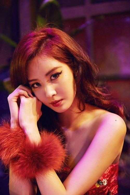 Seohyun (SNSD) tung dau kho khi yeu dan anh lon tuoi hinh anh 1
