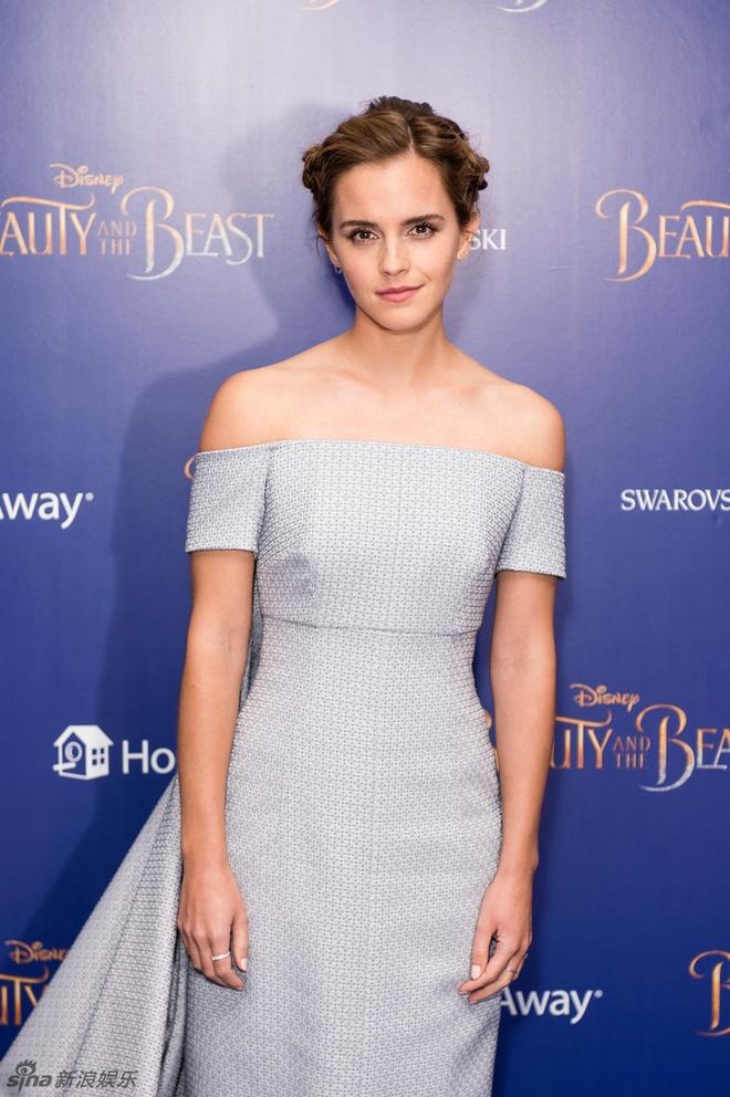 Emma Watson long lay nhu cong chua tham do hinh anh 4