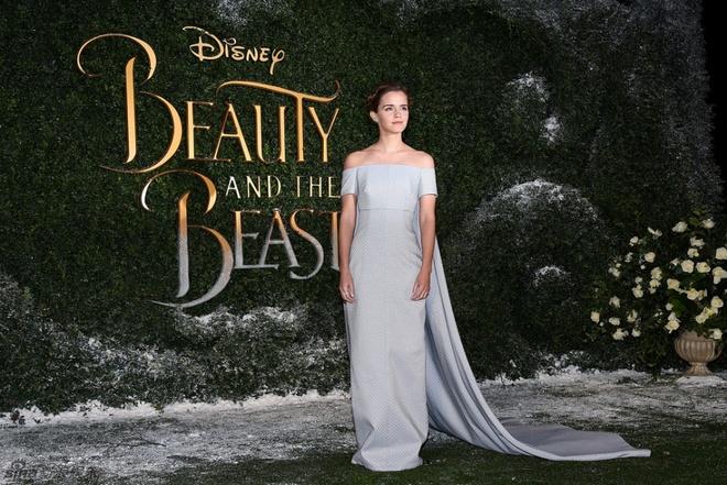 Emma Watson long lay nhu cong chua tham do hinh anh 7