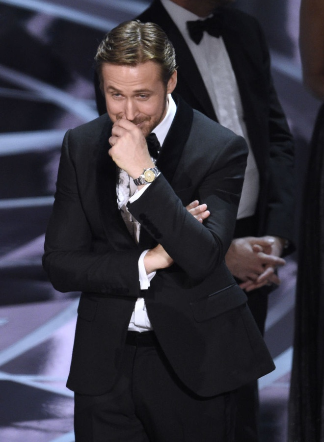 Nu cuoi kho hieu cua Ryan Gosling tai su co Oscar hinh anh 1