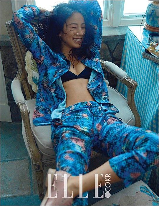 Lee Hyori lien tuc chup anh goi cam anh 1