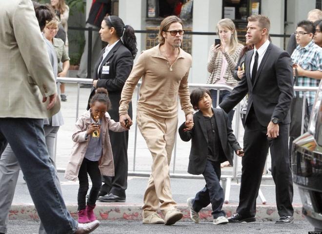 Brad Pitt chua muon tim ben do moi sau ly hon hinh anh 2