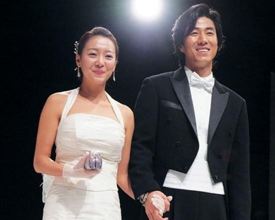 Hôn nhân cổ tích của tài tử là con trai Phó chủ tịch Samsung và sao nữ hạng B - Sao Châu Á