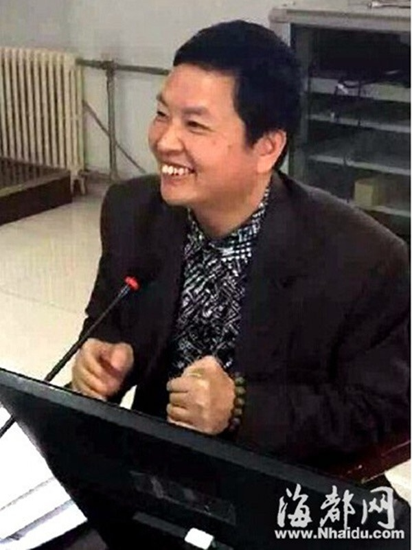 Ta Dinh Phong bi to tham tien, da chia tay Vuong Phi hinh anh 2
