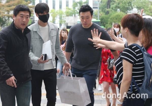 Lee Min Ho nhap ngu anh 1
