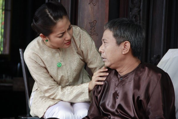 Trung Dan bi Huong Giang Idol xuc pham anh 5