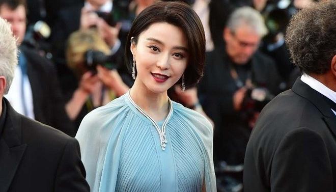 Pham Bang Bang bi nham la sao phim 18+ cua Han Quoc tai Cannes hinh anh