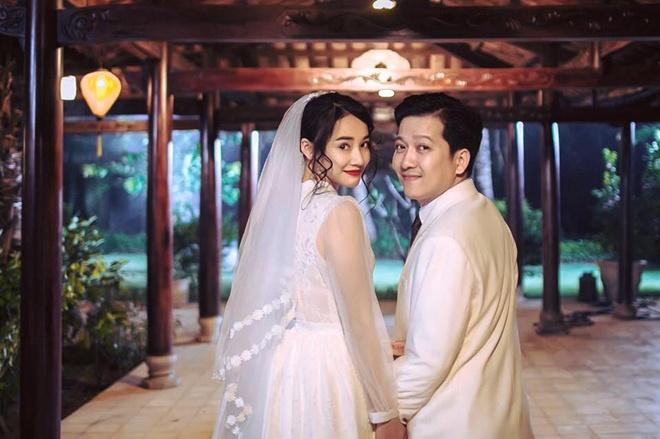 Nha Phuong - Truong Giang bieu cam hai huoc trong trang phuc cuoi hinh anh 1
