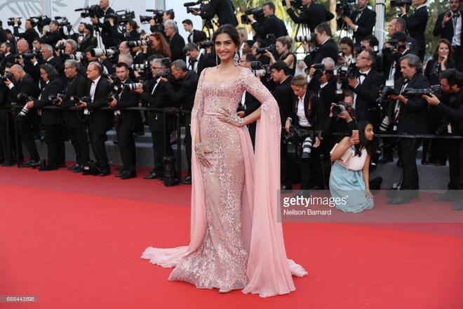Sao tren tham do Cannes 2017 anh 10
