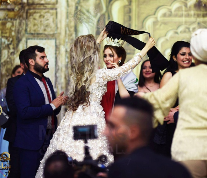 Nguoi dep 23 tuoi dang quang Hoa hau Iraq 2017 trong nuoc mat hinh anh 3