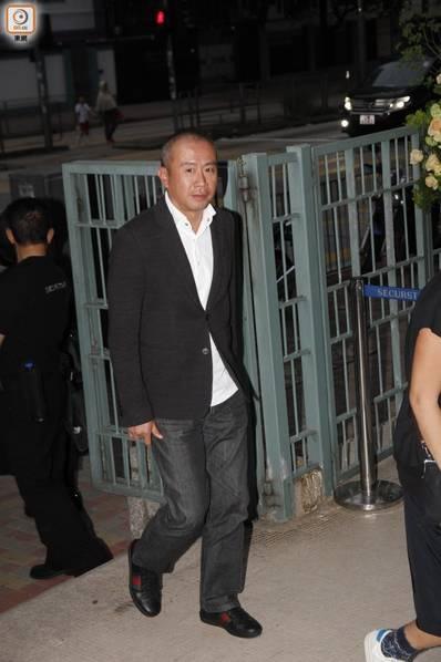 Le tang dan chi showbiz: Luu Duc Hoa, Hong Kim Bao chong gay dua tien hinh anh 12