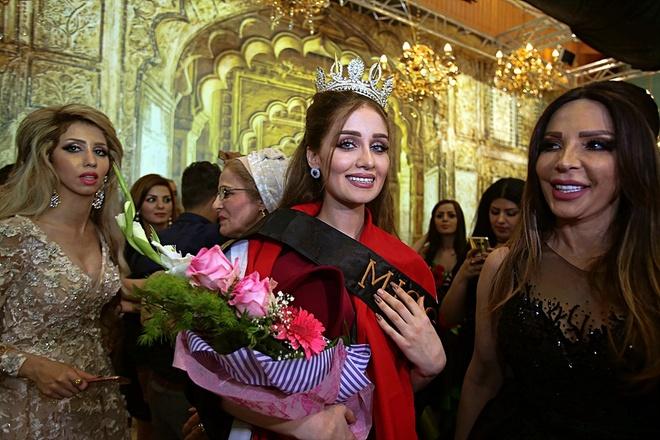 Nguoi dep 23 tuoi dang quang Hoa hau Iraq 2017 trong nuoc mat hinh anh 5