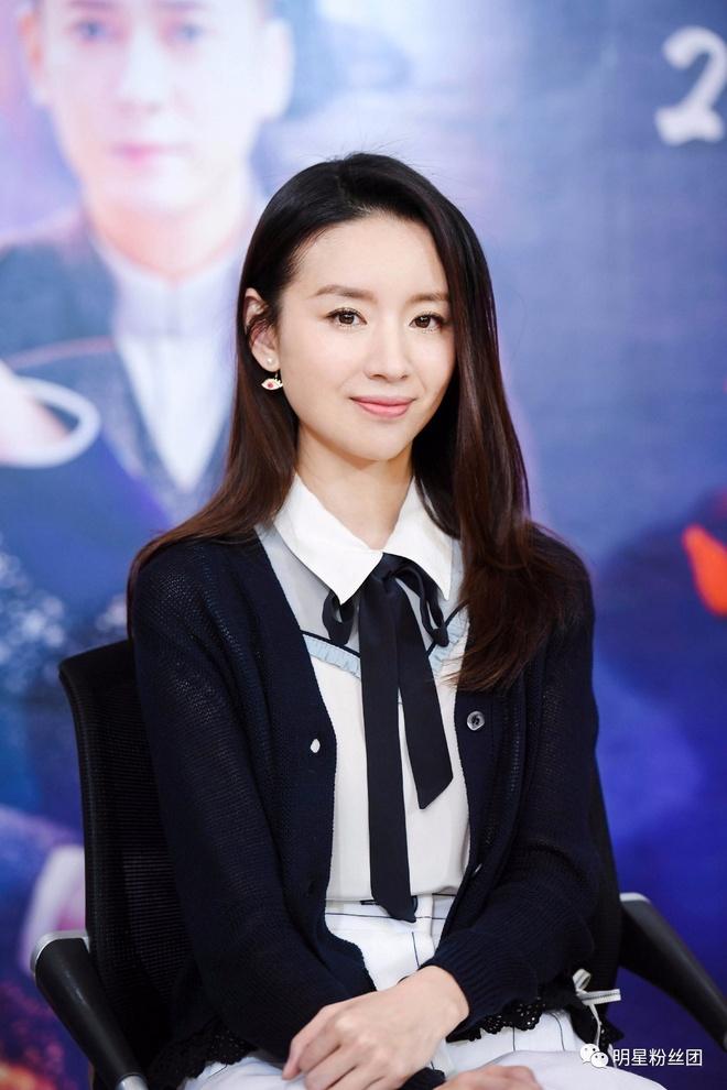 'Chuc Anh Dai' Dong Khiet da ban nha cua, ve que song hinh anh 1
