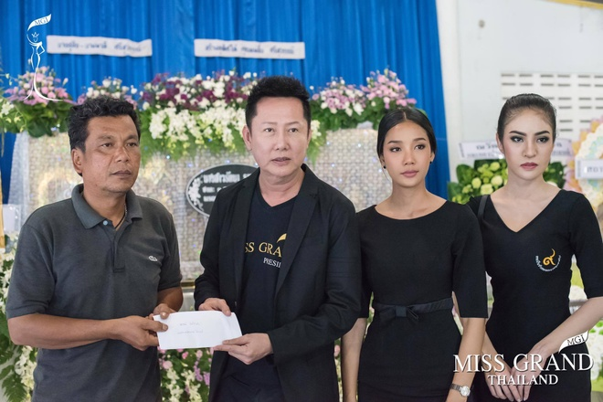 Le tang khong co mat cha me cua hoa hau Thai Lan 19 tuoi hinh anh 7